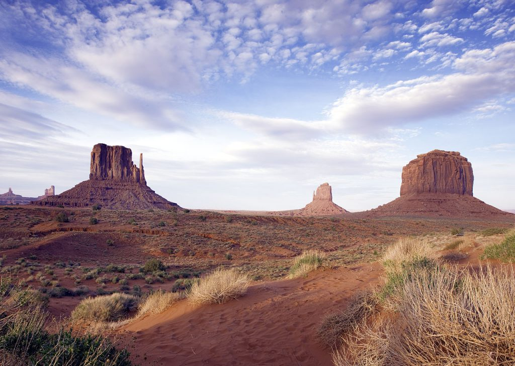 monument-valley-highsmith
